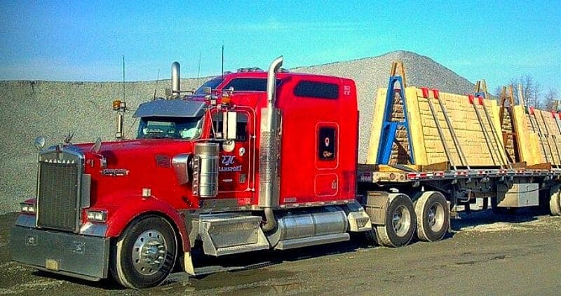 2002 Kenworth W900 Red