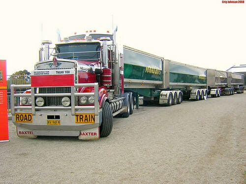 Long Haul Trucking >> Australian Road Trains: An Aussie Trucker Tells the Real Story