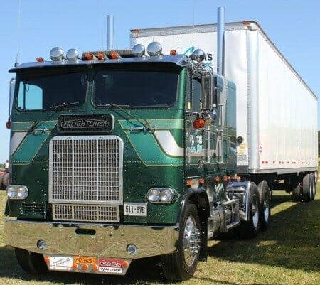Long Haul Trucking >> The Ultimate Freightliner Cabover Quick Guide and Photo Gallery