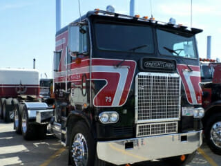 1979 Freightliner Cabover Black Red White