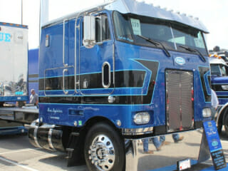 1982 Peterbilt 362 Cabover Blue