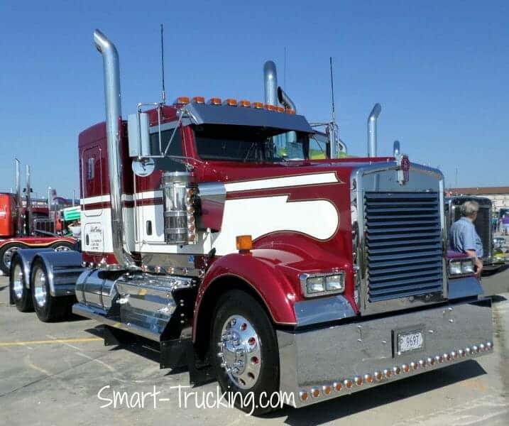 Kenworth W900 Red White Show Truck
