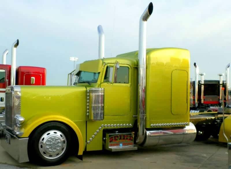 Peterbilt 379 Custom Show Truck Olive Green
