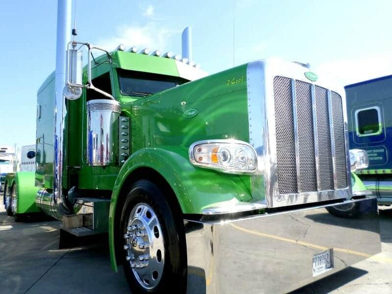 Peterbilt 389 Big Rig Show Truck Lime Green